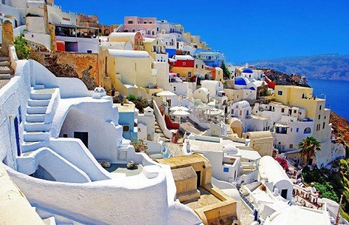Athens real estate: the last chance to grab a bargain before